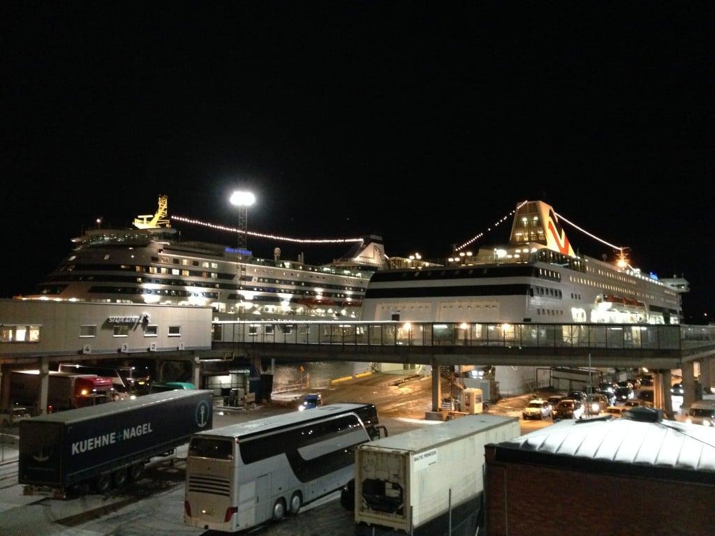 Laivat Tukholman satamassa